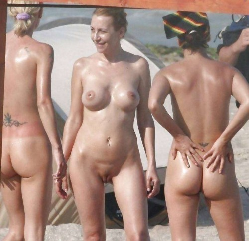 nudiste photos naturistes230 500x484 Beachvolley sexe